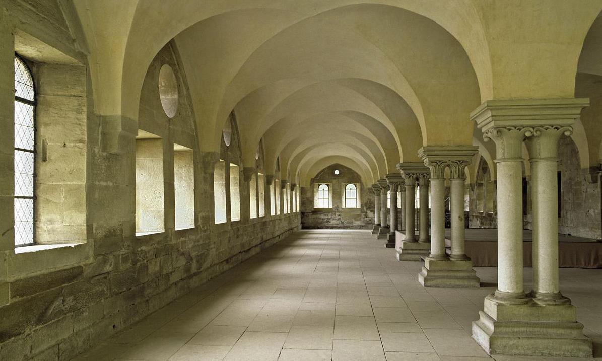 Innenansicht des Laienrefektoriums des Klosters Maulbronn; Foto: Staatliche Schlösser und Gärten Baden-Württemberg, Steffen Hauswirth