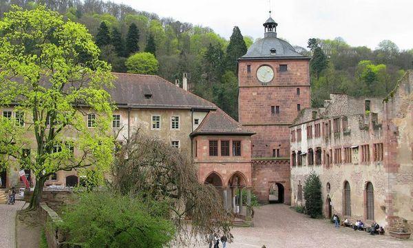 Schloss Heidelberg, Ökonomiebau, Brunnenhaus, Torturm und Ruprechtsbau